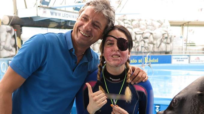 Gessica Notaro con il sindaco Andrea Gnassi (foto Petrangeli)