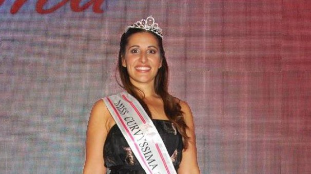 Gabriella Cameli con la fascia da vincitrice
