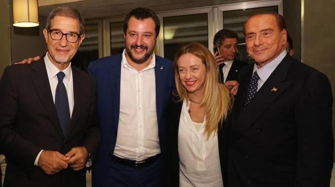 Musumeci, Salvini, Berlusconi e Meloni alla cena tra i leader del centrodestra (Ansa)
