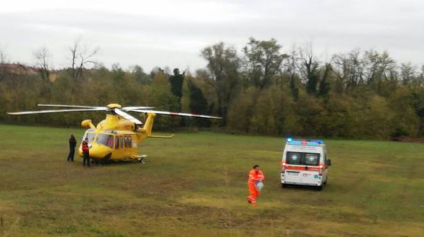In mezzi di soccorso in azione