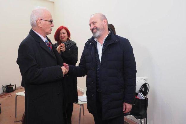 Il governatore Bonaccini e l'architetto Gresleri (Ansa)