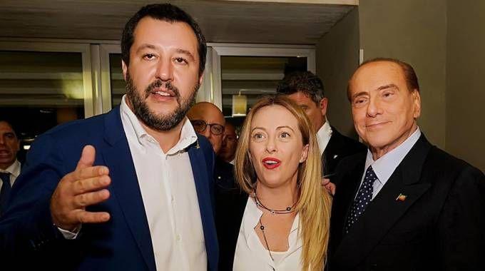 Salvini, Meloni e Berlusconi in Sicilia (Ansa)