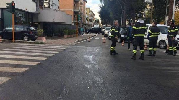 Vigili del fuoco in via Napoli