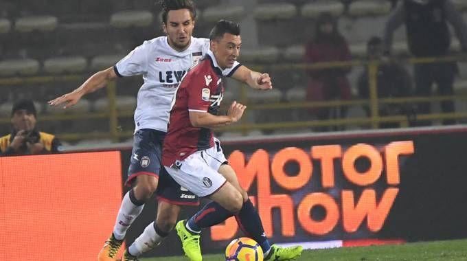 Cesar Falletti in azione contro il Crotone (FotoSchicchi)