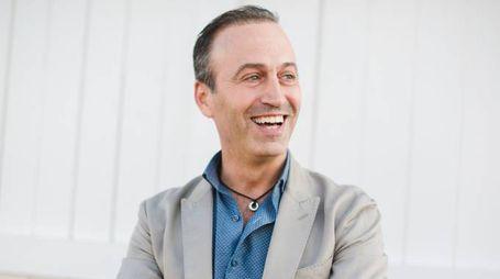 ESPERTO Pietro Rovatti, brand consultant di Parmigiano ReggianoCONSORZIO Qui sopra,  alcune forme  di Parmigiano  e Nicola Bertinelli, presidente  del consorzio Parmigiano Reggiano