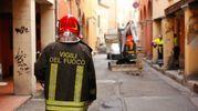 Vigili del fuoco in azione in via Orfeo (foto Schicchi)