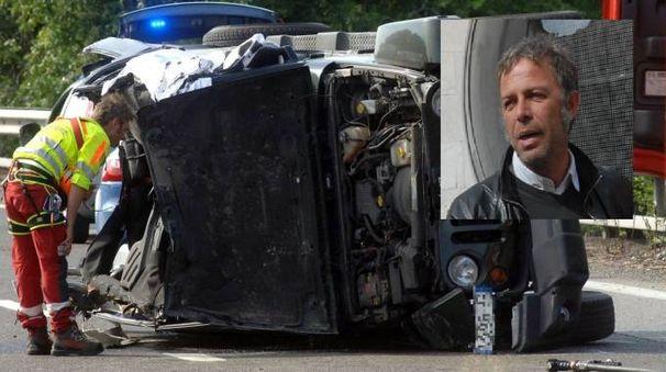 La jeep distrutta di Paolo Alfredo Armenise, 48 anni (nel riquadro)