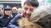 Accoglienza calorosa per il segretario Pd (foto Petrangeli)