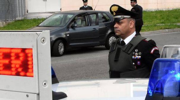 Sul posto i carabinieri di Seregno e Besana
