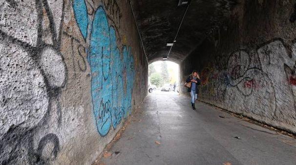 Rapina in viale Suzzani