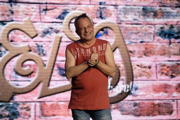 Marco Della Noce torna sul palco di Zelig dopo due anni