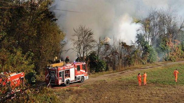 L'icendio nel campo rom