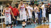 I giocatori dell'Andrea Costa escono sconfitti (foto IsolaPress)