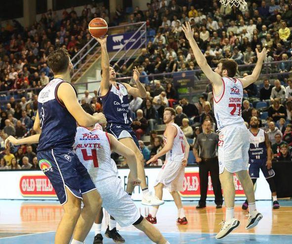La Fortitudo ha vinto a Faenza contro Imola 75-76 (foto IsolaPress)