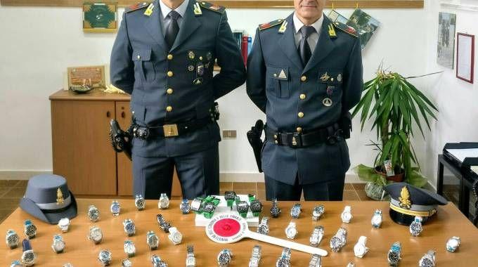 Il 'bottino' dell'operazione della Guardia di Finanza