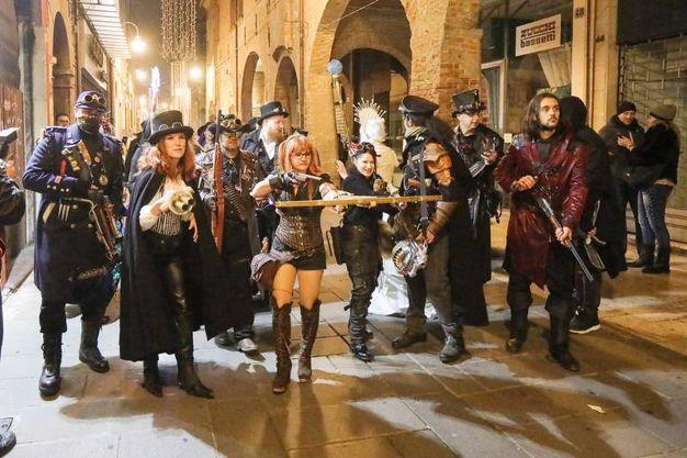 Una serata magica in costume con vampiri, licantropi, streghe e stregoni (foto Andrea Samaritani)