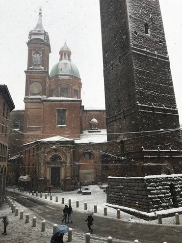 Neve sopra le torri, foto scattata da Stefania Santini