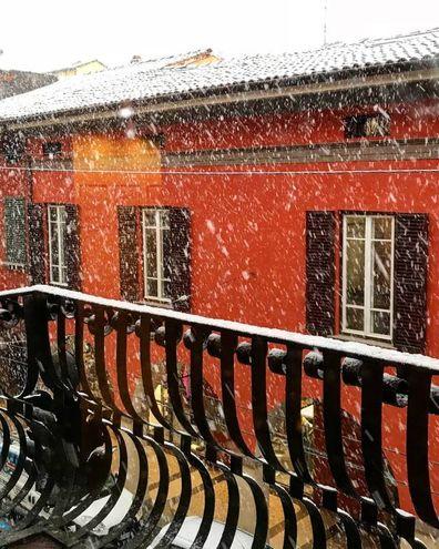 Sergio ci manda questa foto dal balcone