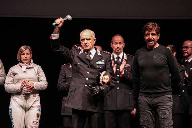 Tullio Del Sette comandante generale dell'Arma dei carabinieri sul palco dell'Obihall