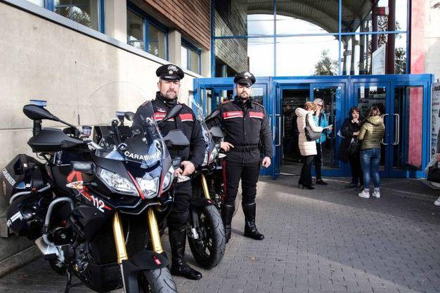 Carabinieri, all'Obihall studenti a lezione di legalità