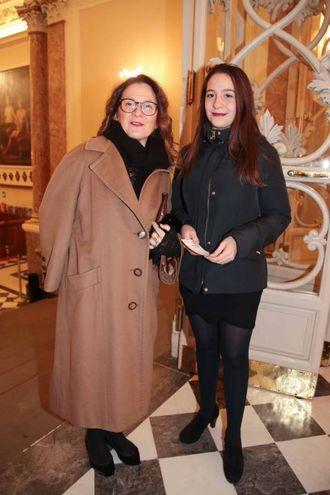 Cristina Giachi con la figlia Anna (foto Giuseppe Cabras/New Pressphoto)