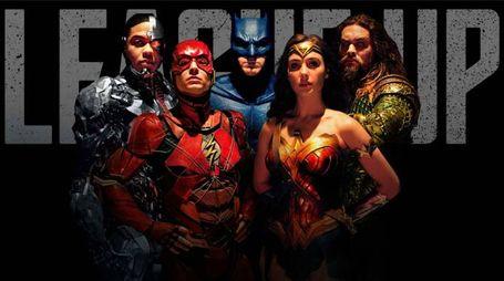 Dettaglio di un poster di 'Justice League' – Foto: DC/Warner Bros.