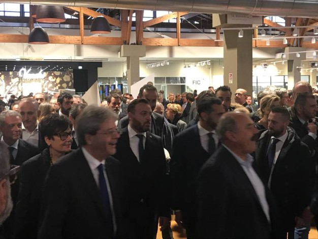 L'arrivo del premier Gentiloni a Fico