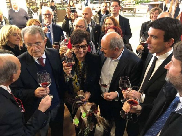 Prodi, Primori, Farinetti, Martina e Franceschini (Ansa)