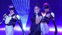 Camille Cabaltera a X Factor (foto LaPresse)