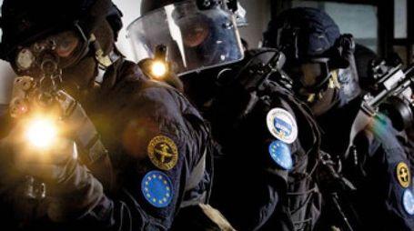 Il Ros Raggruppamento operativo speciale dei carabinieri  ha eseguito le indagini dirette dalla Procura di Torino