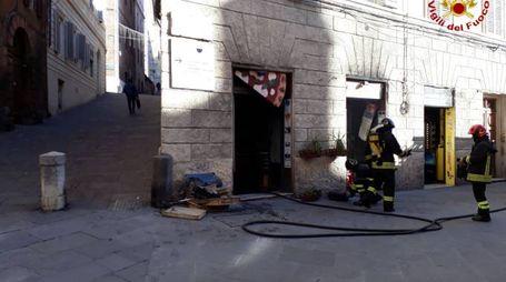 La pizzeria dove si è sviluppato l'incendio