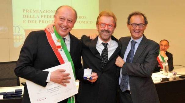 Al centro, Ernesto Bianchi