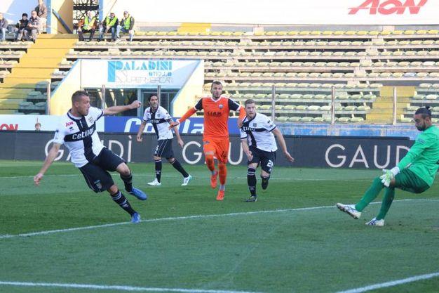 Il gol di Iacoponi dell'1-0 (foto LaPresse)