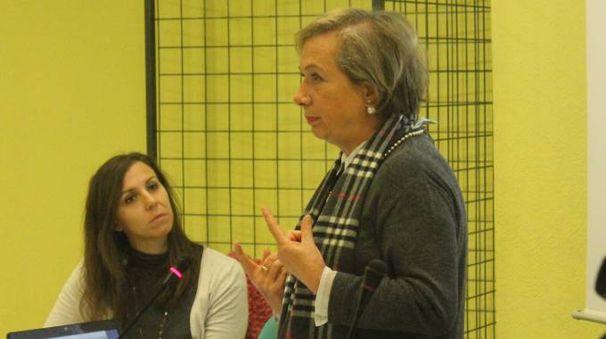 Fiorella Belpoggi con Roberta Mosti del Comitato