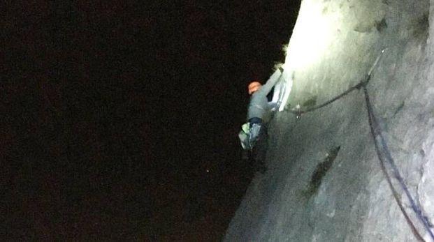 Scalare Pareti Milano : Quelli che scalano di notte. ma il soccorso alpino dice no