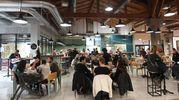 Persone ai ristoranti (foto Schicchi)