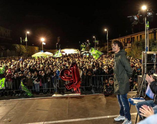 Tanta gente in piazza (Fotoprint)