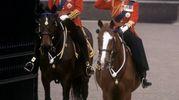 A cavallo nel 1974 per la cerimonia Trooping the Colour (Lapresse)