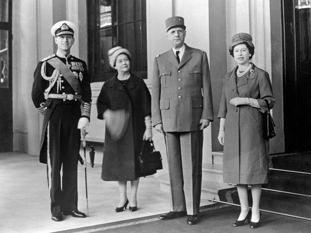 Nel 1960 con il presidente Charles de Gaulle (Lapresse)