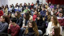 Un gruppo di alunni del Liceo Classico di Aulla  (foto di repertorio)