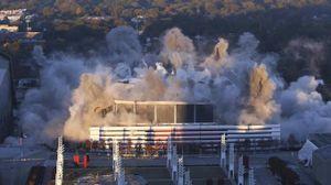 L'esplosione dello stadio di Atlanta (foto Ansa)