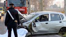 Un carabiniere sul posto dell'incidente mortale (foto Businesspress)