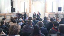L'incontro in sinagoga