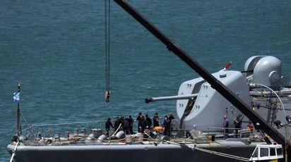 Sottomarino argentino disperso, una nave impegnata nelle ricerche (foto Lapresse)
