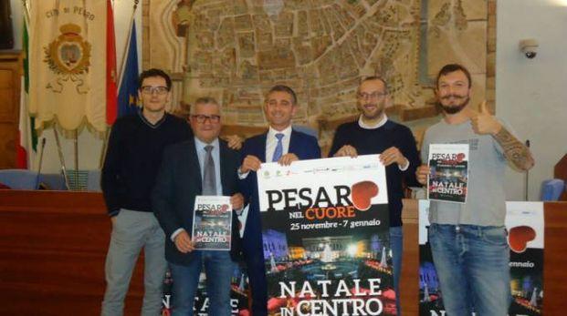 Presentato in Comune il calendario degli eventi natalizi a Pesaro