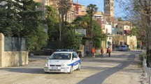 La prima auto a passare sulla Sp5 bis è stata quella dei vigili urbani