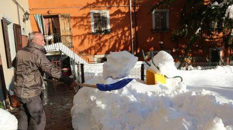 Non sono ancora conclusi i disagi in Appennino per la nevicata di dieci giorni fa