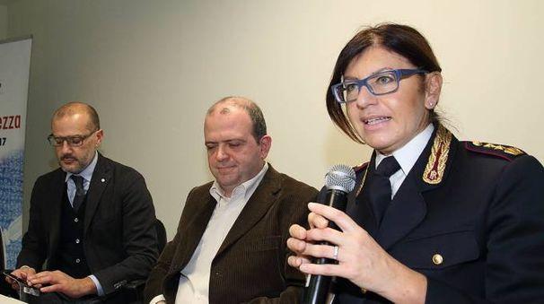 Da sinistra, Tempestini, Pieri e il vicequestore Ferasin