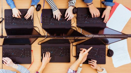 Internet, computer (foto iStock)