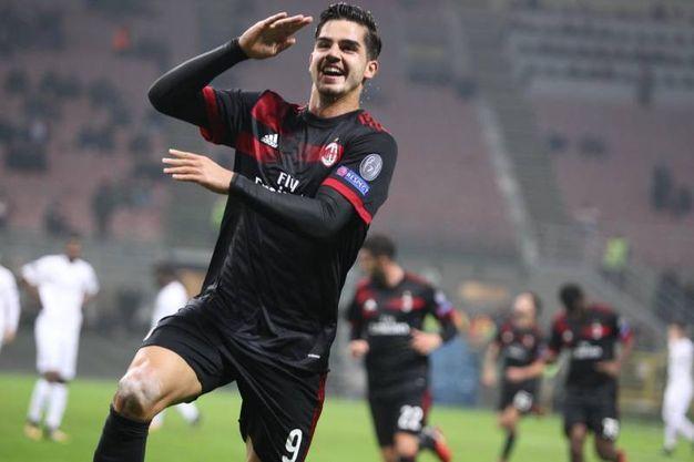 Europa League, Milan-Austria Vienna, esultanza di Silva dopo il gol (foto Newspress)